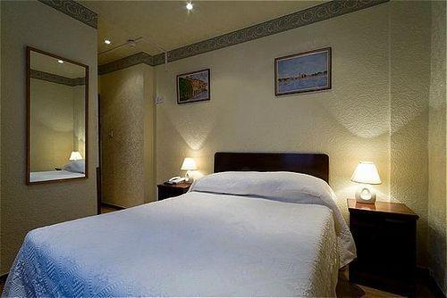 Choice2 - La Gaffe Hotel