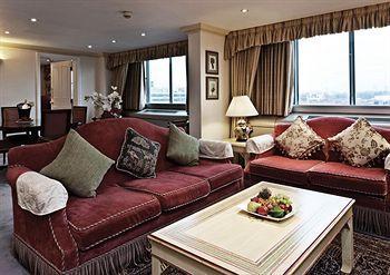 - Copthorne Tara Hotel London Kensington