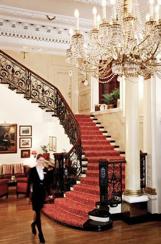 Lobby - Millennium Bailey's Hotel London Kensington