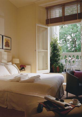 Guestroom - KENSINGTON HOUSE HOTEL