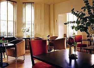 - KENSINGTON HOUSE HOTEL