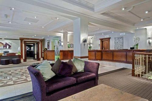 Lobby - Hilton London Green Park Hotel