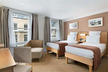 - Hilton London Green Park Hotel