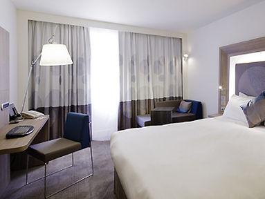 Guestroom - Novotel London Tower Bridge