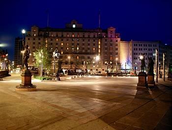 Exterior - The Queens Hotel