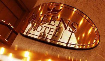 - The Queens Hotel