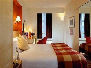 - The Kensington Close Hotel & Spa