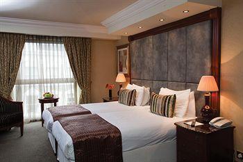 - Best Western Premier Shaftesbury Kensington