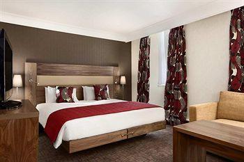 - Hilton London Olympia