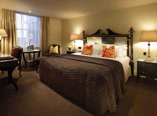Guestroom - The Kensington Hotel