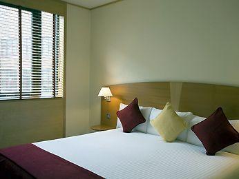 Guestroom - Mercure London Bridge Hotel